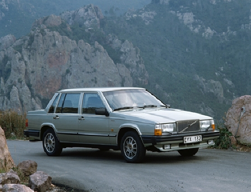 30 éves a Volvo 760 - VolvoWiW